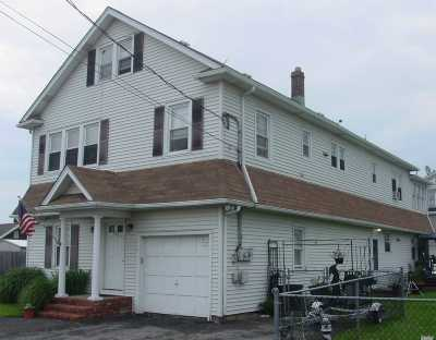 Lindenhurst Multi Family Home For Sale: 774 S 9th St