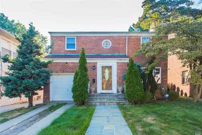 Flushing Single Family Home For Sale: 3322 164th St