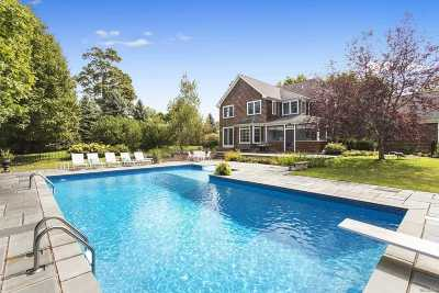 Mattituck Single Family Home For Sale: 280 Meadow Beach Ln