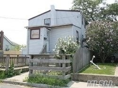 Nassau County Single Family Home For Sale: 64 Waterview