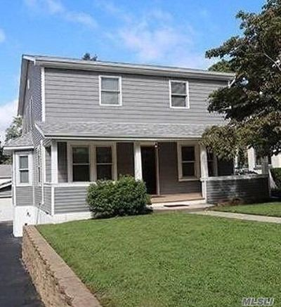 Oyster Bay Single Family Home For Sale: 206 School St