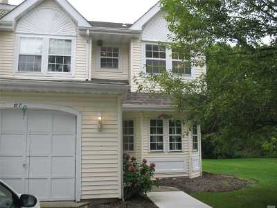 Condo/Townhouse Sold: 107 Northwood Ct