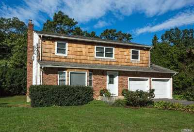 Dix Hills Single Family Home For Sale: 35 Ona Ave
