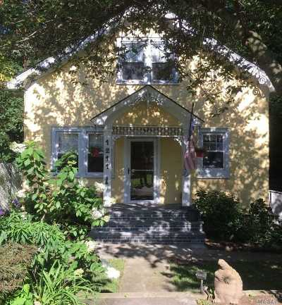 Rockville Centre Single Family Home For Sale: 1211 Waterview Dr