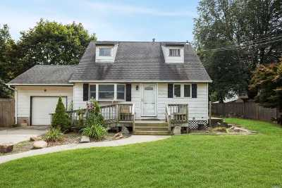 Pt.jefferson Sta Single Family Home For Sale: 200 Sterling St
