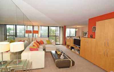 Bayside Condo/Townhouse For Sale: One Bay Club Dr #4A