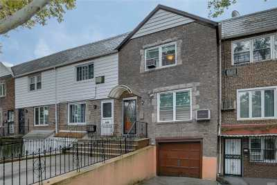 Jackson Heights Single Family Home For Sale: 31-28 70th St