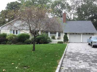East Islip Single Family Home For Sale: 8 Meadowfarm Rd