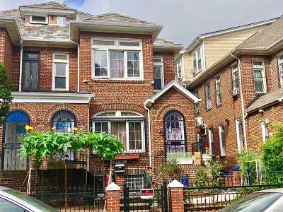 Jackson Heights Multi Family Home For Sale: 3342 89 St