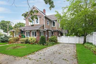 Bellmore Single Family Home For Sale: 2153 Hillside Ave