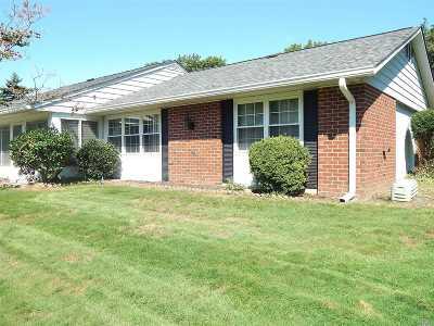 Ridge Condo/Townhouse For Sale: 215 B Woodbridge Dr