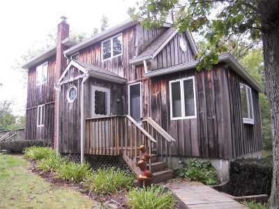 Sound Beach Single Family Home For Sale: 3 Quogue Dr
