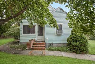 Patchogue Single Family Home For Sale: 8 Wheeler Ct