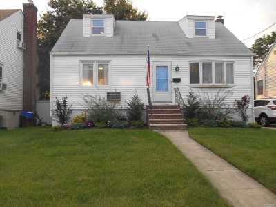 Single Family Home Sold: 63 Waldo Ave