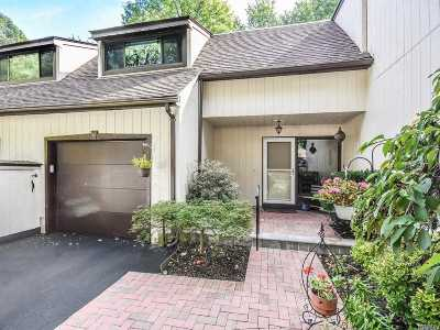 Glen Head Condo/Townhouse For Sale: 25 Cedar Ln