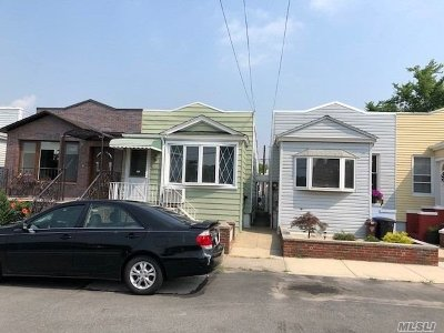 Maspeth Single Family Home For Sale: 64-59 59 Ave