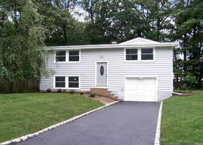 E. Setauket Single Family Home For Sale: 34 Deer Ln