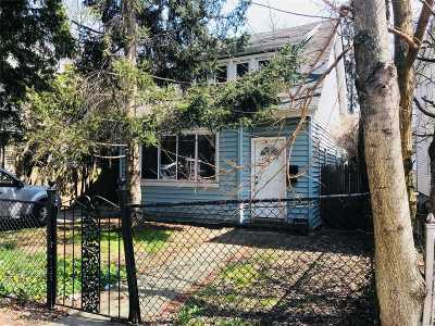 Flushing Single Family Home For Sale: 146-24 45 Ave