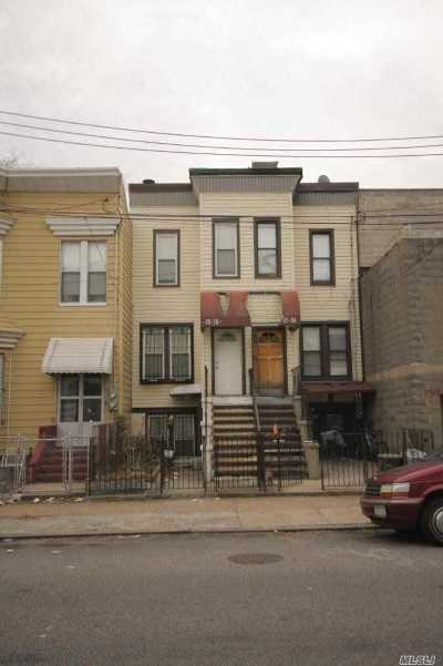 Long Island City Single Family Home For Sale: 45-36 Pearson St
