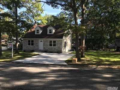 Rocky Point Single Family Home For Sale: 9 Knoll Rd