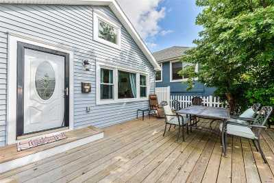 Long Beach Single Family Home For Sale: 64 Wisconsin St