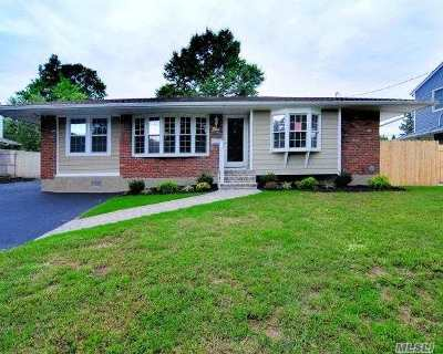 Commack Single Family Home For Sale: 5 Fruitwood Ln
