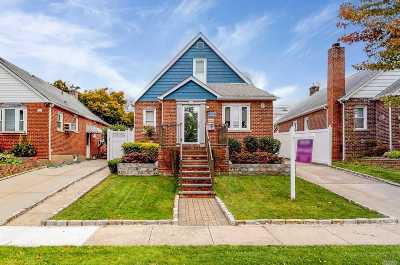 Flushing Single Family Home For Sale: 170-19 Pidgeon Meadow Rd