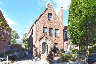 Middle Village Single Family Home For Sale: 64-38 84 St