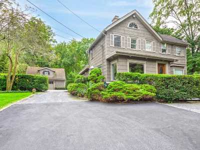 Roslyn Single Family Home For Sale: 126 Harbor Hill Rd