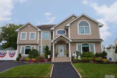 Massapequa Single Family Home For Sale: 74 Leonard Dr