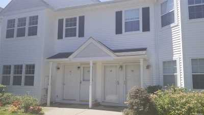 Middle Island Condo/Townhouse For Sale: 48 Country View Ln