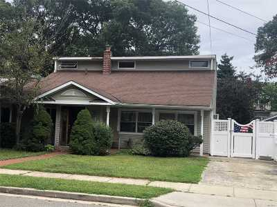 Massapequa Park Single Family Home For Sale: 241 Koehl St
