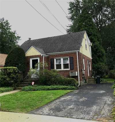 N. Merrick Single Family Home For Sale: 71 Van Nostrand Ave