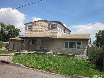 Seaford Single Family Home For Sale: 3705 E Oleta Pl