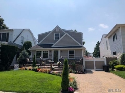 W. Hempstead Rental For Rent: 599 Washington St