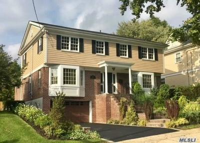 Douglaston Single Family Home For Sale: 211 Hillside Ave