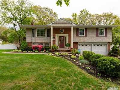 Smithtown Single Family Home For Sale: 44 Mark Dr