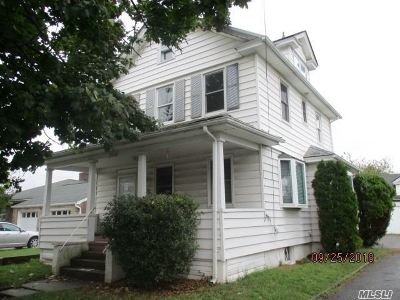New Hyde Park Single Family Home For Sale: 30 Central Ave