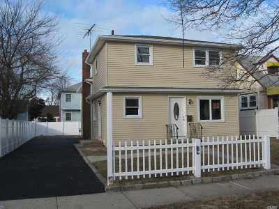 Westbury Single Family Home For Sale: 197 Brooklyn Ave