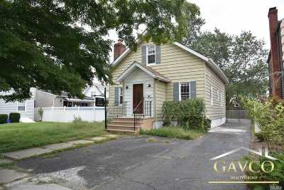 Single Family Home For Sale: 73 2nd St