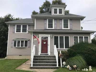 Bellmore Single Family Home For Sale: 2765 Natta Blvd