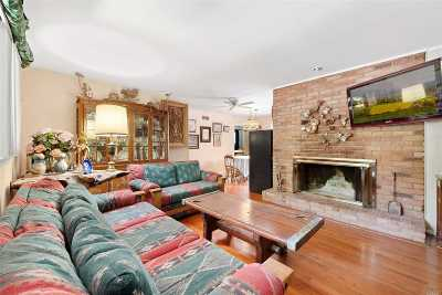 East Hampton Single Family Home For Sale: 45 Lion Head Rock Rd