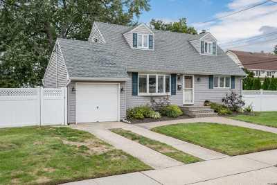 N. Bellmore Single Family Home For Sale: 2503 Belmond Ave