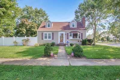 Massapequa Single Family Home For Sale: 10 Algonquin Ave