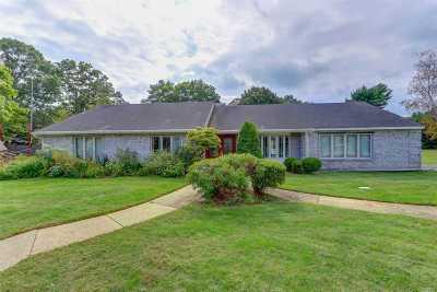 Stony Brook Single Family Home For Sale: 2 Lynridge Ct