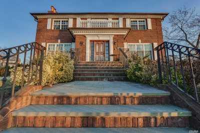 Douglaston Single Family Home For Sale: 27-03 Shore Rd