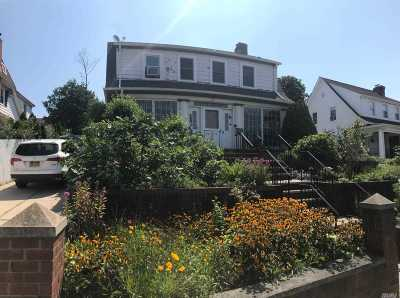 Flushing Single Family Home For Sale: 40-17 165th St