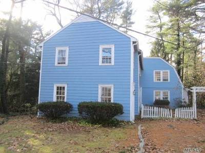 Upper Brookville Single Family Home For Sale: 89 Mill River Rd