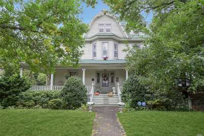 Rockville Centre Single Family Home For Sale: 16 Roosevelt Pl