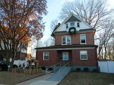 Flushing Single Family Home For Sale: 147-08 Bayside Ave